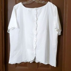 Old Navy white cotton short sleeve top size xxl